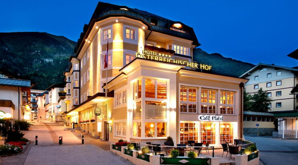 Hotel**** - Österreichischer Hof in Bad Hofgastein abends